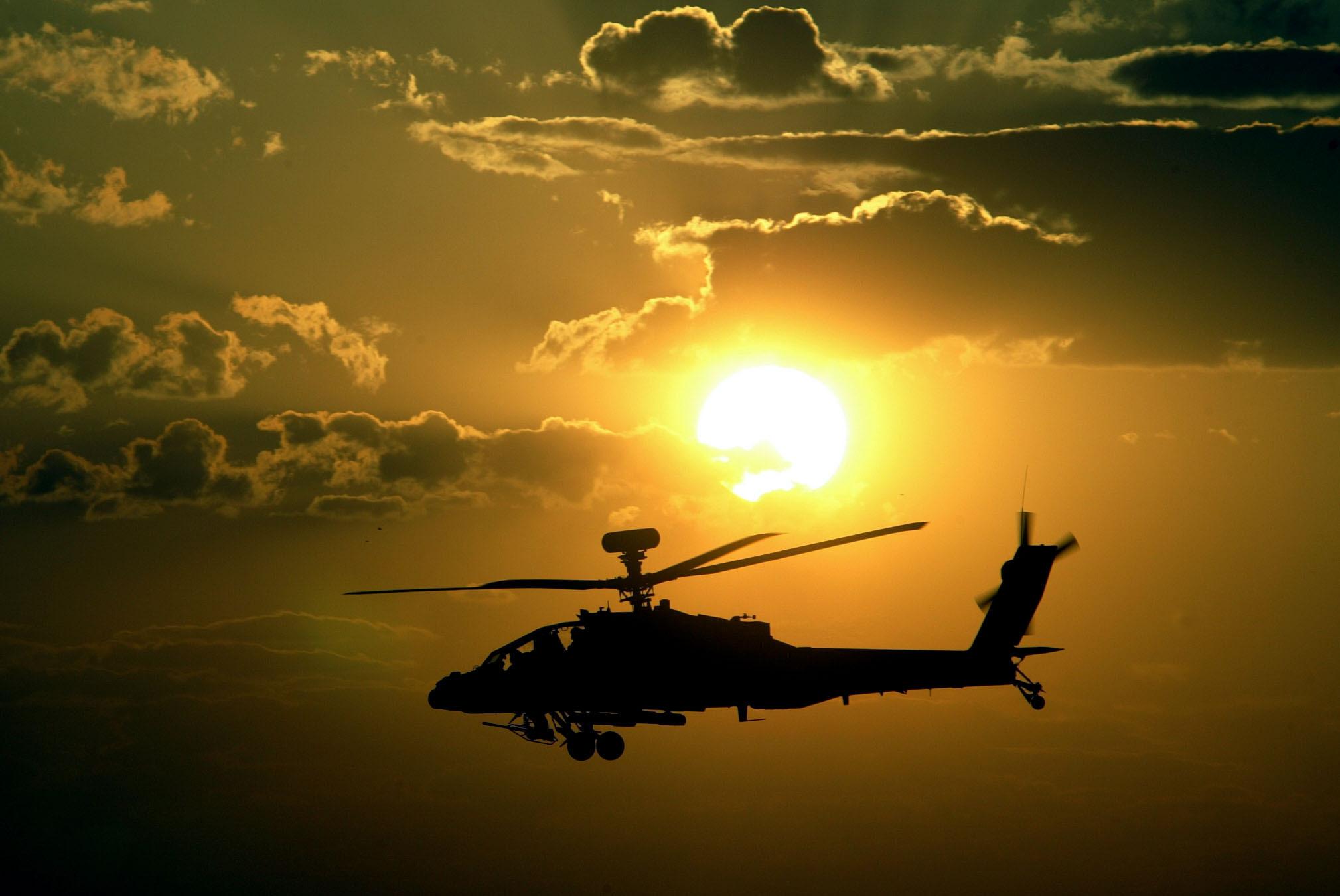 Искры, полет, огонь, вертолет, небо, самолет  № 3749019 загрузить