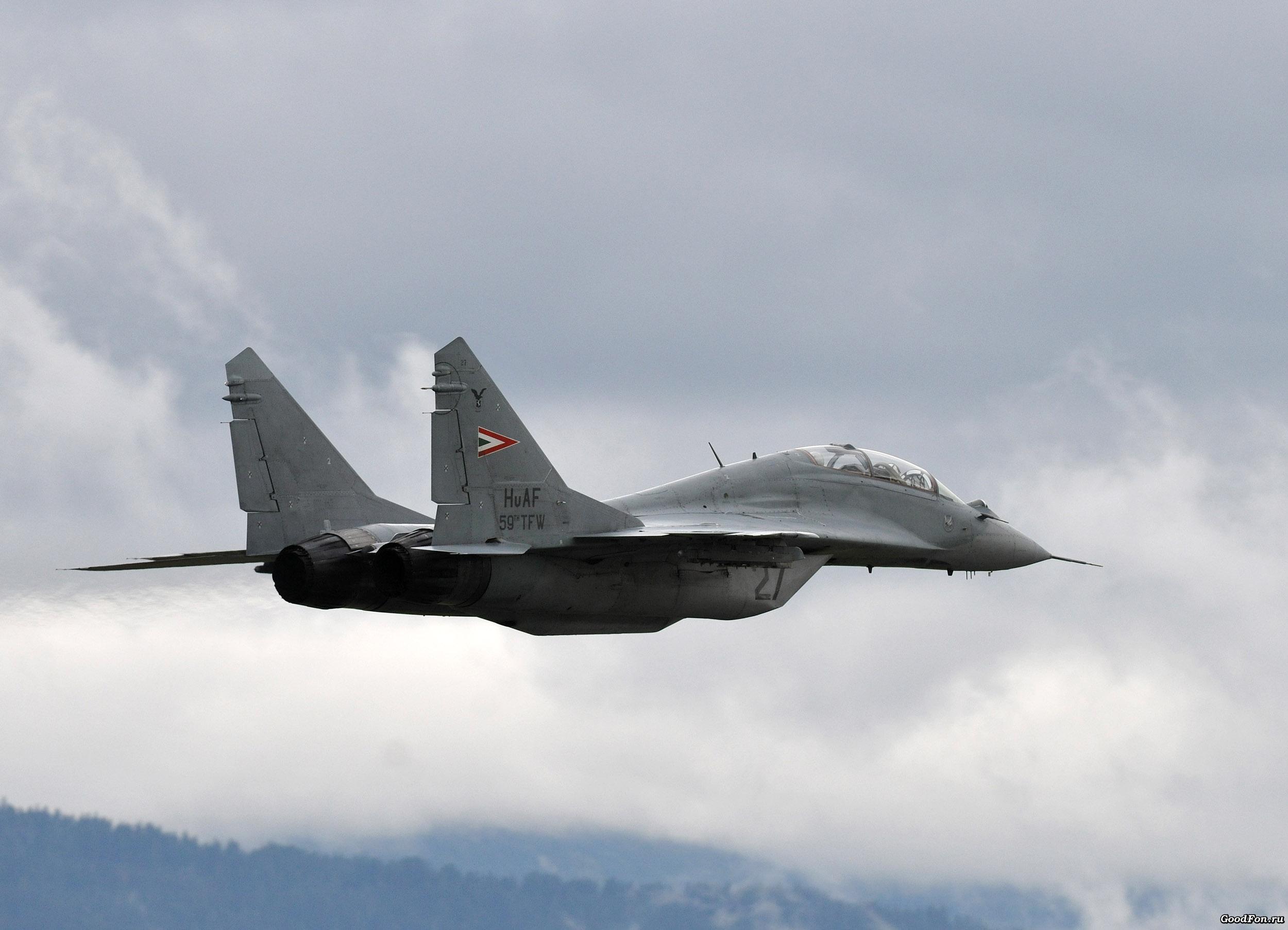 самолет ВВС РФ МиГ-35 Микоян  № 3741409  скачать
