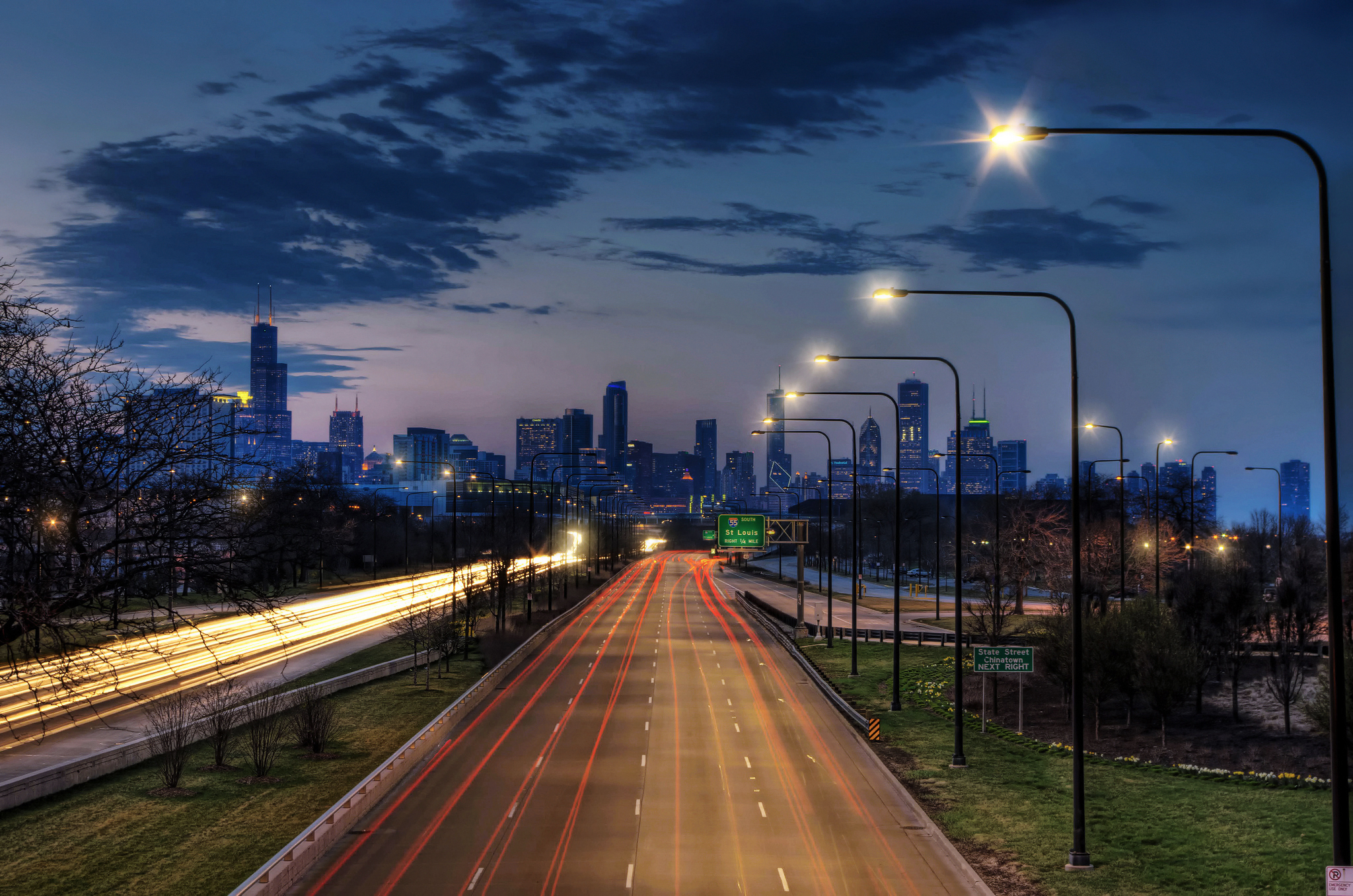 дорога развилка огни город вечер скачать