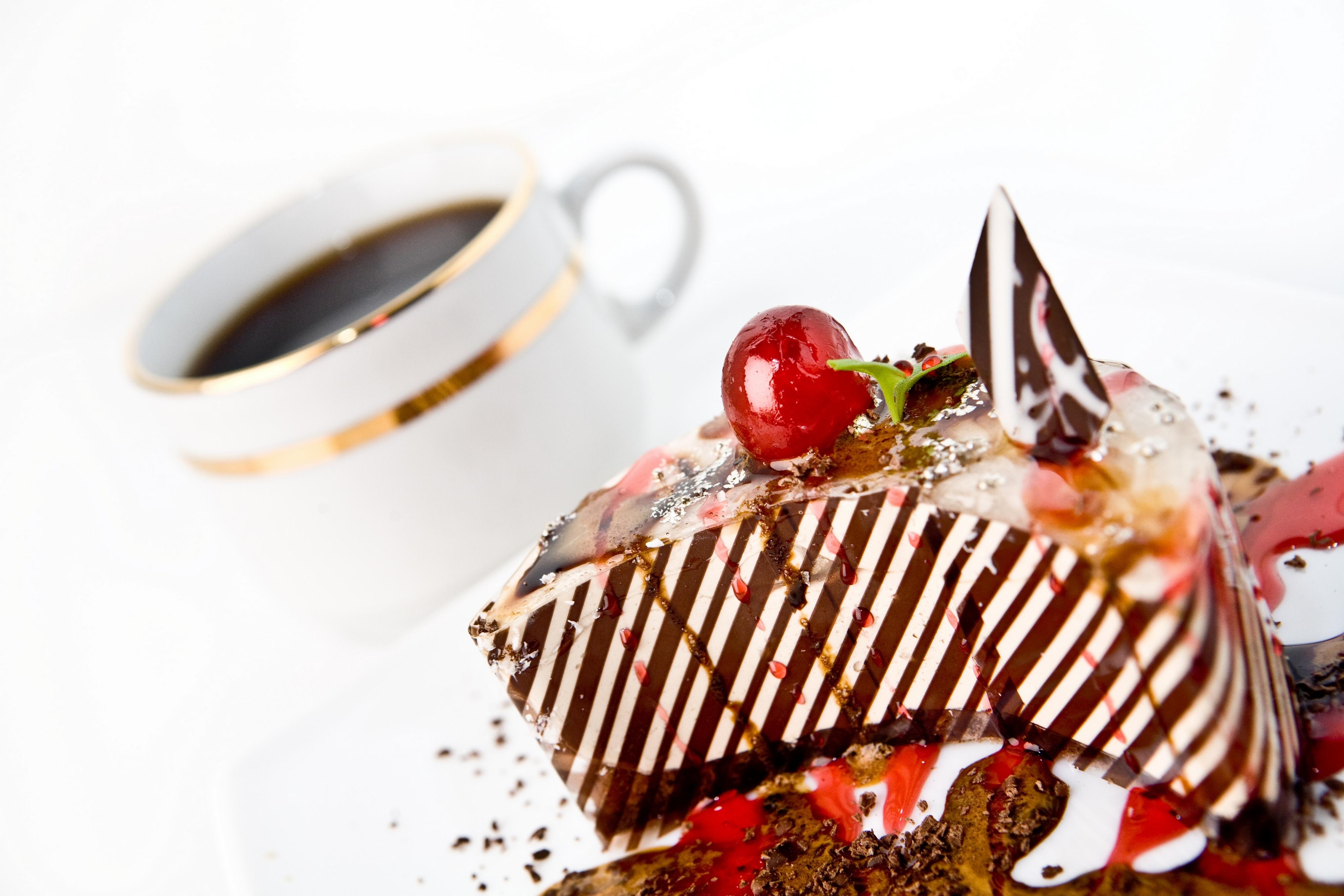 пирожное кусок шоколад тарелка загрузить