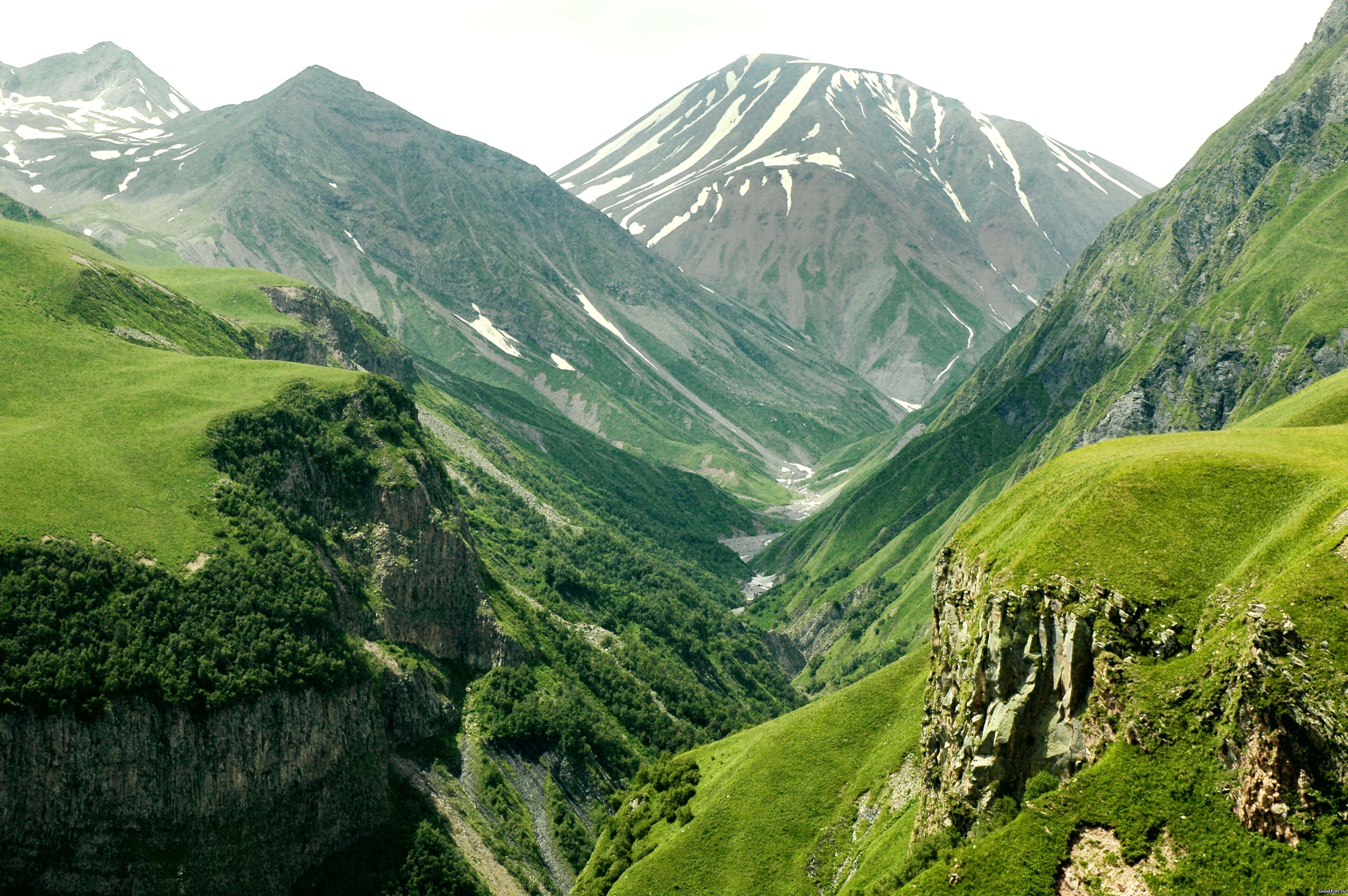Горы с высоты  № 519853  скачать