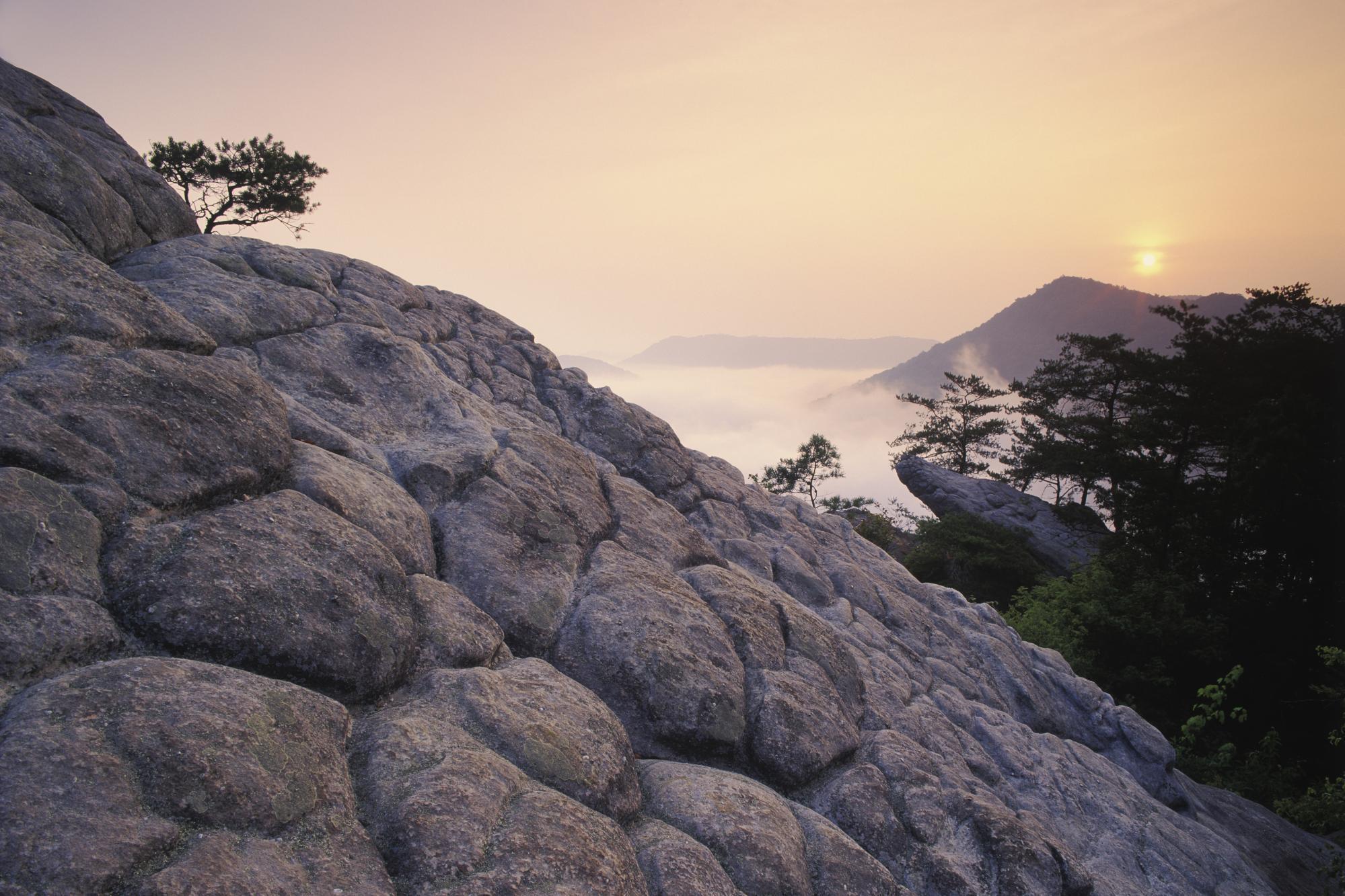 скалы горы закат  № 371286 бесплатно